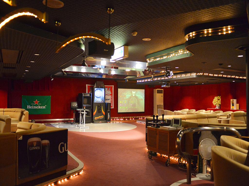 ホテル太閤 Entertainment ホテルでの楽しみ方 ホテル太閤 Entertainment ホテルでの楽しみ方 温泉卓球や、ゲームコーナー、お土産コーナー、スキー&スノーボードレンタルショップ、オールナイトで貸切も出来るナイトクラブなど、各種宴会等もお気軽にご相談下さい。